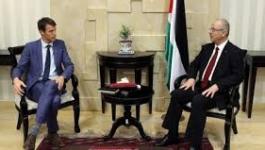 الحمد الله يستقبل ممثل الدنمارك لمناسبة انتهاء مهامه في فلسطين.jpg