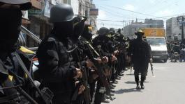 بالصور: كتائب الأقصى تُشيع جثمان أحد مقاتليها بخانيونس