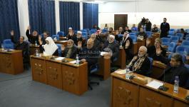 بالصور  التشريعي: رئاسة السلطة والحكومة تمارسان فساد مالي واداري وسياسي