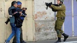 تصوير جنود الاحتلال.jpg