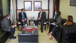 لقاء فلسطيني فرنسي في إطار الاستعداد لعقد مؤتمر المانحين الدولي.JPG