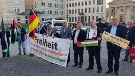 وقفة تضامنية في برلين تضامنًا مع الأسرى ومسيرة العودة2.jpg
