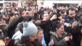 فيديو: رجال يتظاهرون بالتنورة في تركيا للتنديد بالعنف ضد المرأة