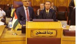 أبو دياك يطلع نظراءه العرب على انجازات قطاع العدل.JPG