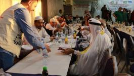 بالصور: جمعية الفلاح تُقيم مائدة إفطار جماعية لمخاتير غزة