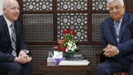 عباس والوفد الامريكي.jpg