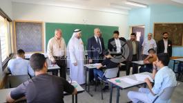 بالصور: وفد من التعليم والتشريعي يتفقد امتحانات الثانوية العامة شمال غزة