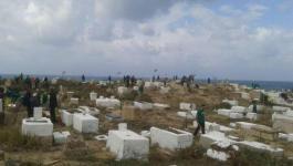 محكمة الاحتلال تنظر غدًا بملف مقبرة طاسو المهددة بيافا.jpg
