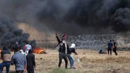 بالفيديو والصور: شهيد وعشرات الإصابات بجمعة الشباب الثائر على حدود القطاع الشرقية