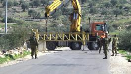 الاحتلال يغلق طرقًا مؤدية لرام الله وينصب حواجز عسكرية في بيت لحم.jpg