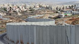 الاحتلال يستكمل بناء جدار الفصل على أراضي بيت جالا غرب بيت لحم