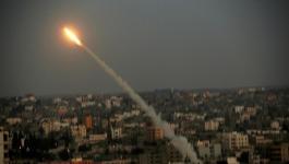 تباين ردود الفعل الإسرائيلية على إطلاق الصواريخ وسط دعوات للتصعيد