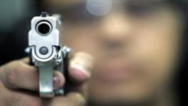 بالفيديو: مصرع مواطن وإصابة شقيقه بإطلاق نار في مخيم النصيرات
