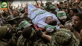 القسام يزف مجاهداً من حي الزيتون توفي إثر نوبة قلبية