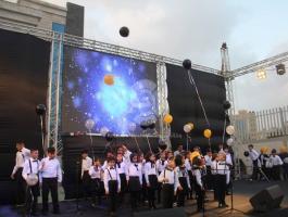 بالصور: لأول مرة.. مدرسة في غزّة تحصل على اعتماد دولي