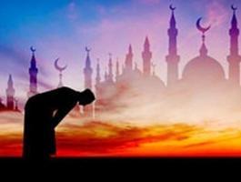 الصلاة حيث لا يراه الناس