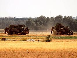 آليات الاحتلال تتوغل بشكل محدود جنوب قطاع غزة