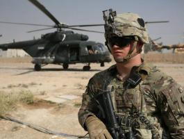 سقوط 17 صاروخا قرب قاعدة تضم قوات أمريكية في العراق
