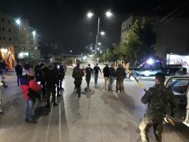 شاهد: الأجهزة الأمنية تُغلق مدينة بيتونيا غرب رام الله