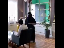 بالفيديو: السعودية.. جدل إثر تداول فيديو لنادلات يخدمن زبائن مقهى والسلطات تتدخل!