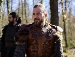 بطل أرطغرل يعود مجددا بمسلسل من أكبر الإنتاجات الدرامية بتركيا