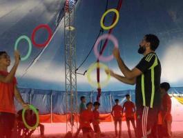 إنشاء أول مدرسة لتعليم فنون السيرك في قطاع غزّة