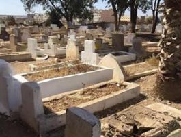 هل يرى الميت من يزوره عند قبره ويسمع حديثه