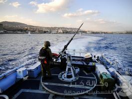 بحرية الاحتلال تطلق النار على الصيادين