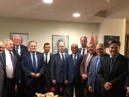 المفوضية الفلسطينية العامة تكرم نائب وزير الخارجية الكندية