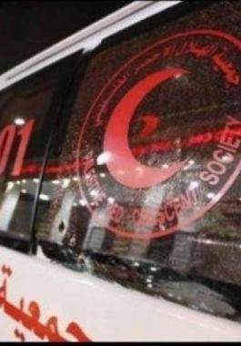 الاحتلال يعتدي على إسعاف في رام الله