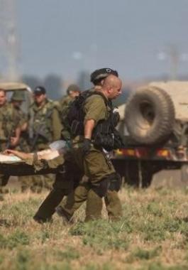 إصابة جندي.
