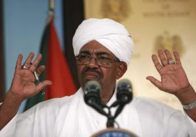البشير يُعلن حالة الطوارئ في السودان ويحلّ حكومة الوفاق الوطني