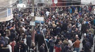 لليوم الثالث على التوالي.. تظاهرات حاشدة في غزّة تُطالب بتوفير حياة معيشية كريمة