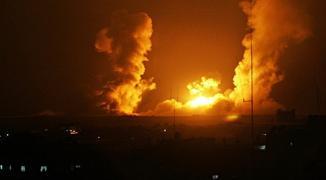 بالصور: شهيدان بقصف طائرات الاحتلال موقع يتبع القسام وسط قطاع غزّة