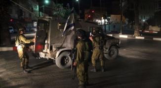 الاحتلال يُحاصر مقر جهاز الأمن الوقائي في نابلس ويُطلق النار صوبه