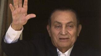 طبيب مبارك يكشف عن إصابته بمرض نادر قبل وفاته