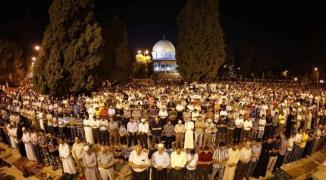 صلاة الفجر في المسجد الأقصى