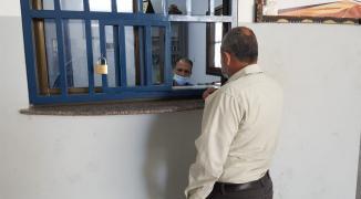 دوائر الترخيص بغزة تشهد إقبالاً كبيراً من المواطنين لتسوية أوضاعهم القانونية