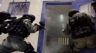 إصابة جنديين إسرائيليين بالطعن أثناء قمع الأسرى في سجن النقب