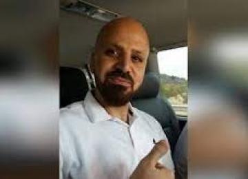 نادي الأسير: الاحتلال يحتجز الأسير المضرب شادي أبو عكر في سجن