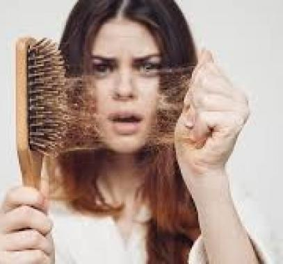 لا تقلق أبدا .. هل يتساقط شعرك خلال فصل الصيف؟