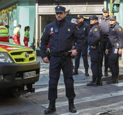 بالفيديو: إسبانيا..اعتقال يوتوبر بسبب بثه فيديو لقيادته سيارة بسرعة بلغت 233 كلم/س