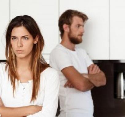 عادات شائعة تلاحظينها في الزواج غير الصحي