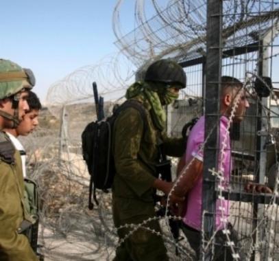 الاحتلال يقدم لائحة اتهام بحقّ شابين تسللا من قطاع غزة