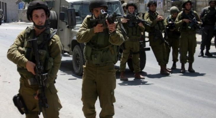قوات الاحتلال تقتحم