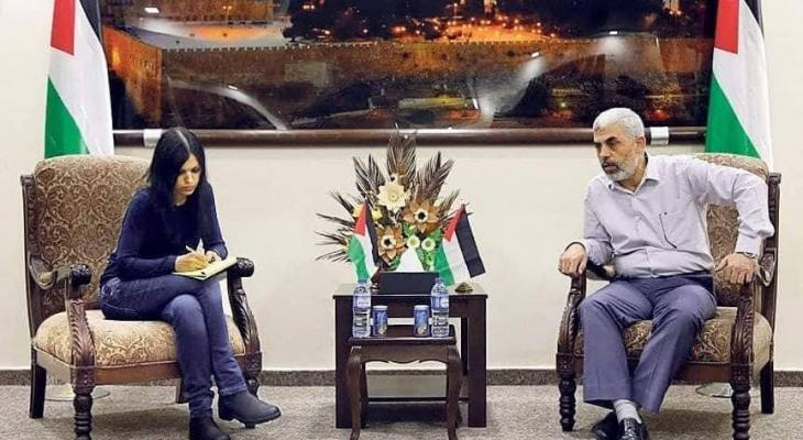 السنوار وصحفية وإسرائيلية