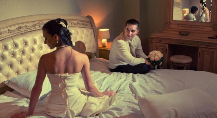 """عريس: يهرب ليلة """"زفافه"""" من عروسته والسبب مضحك"""