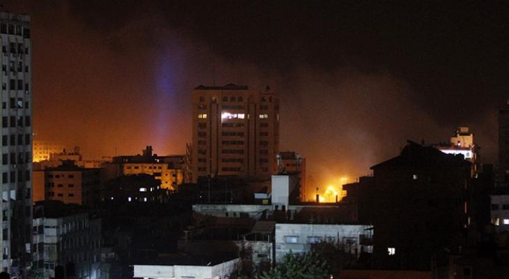 طائرات الاحتلال تشن غارات على مناطق مختلفة في قطاع غزّة