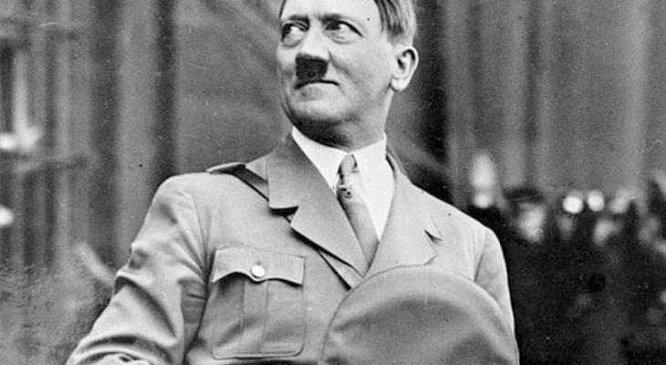 """مقرب من """"هتلر"""" يكشف كلماته الأخيرة قبل """"انتحاره"""""""