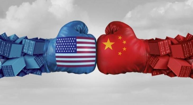 """حرب واشنطن وبكين """"التجارية"""" تهدد الصناعات والوظائف"""